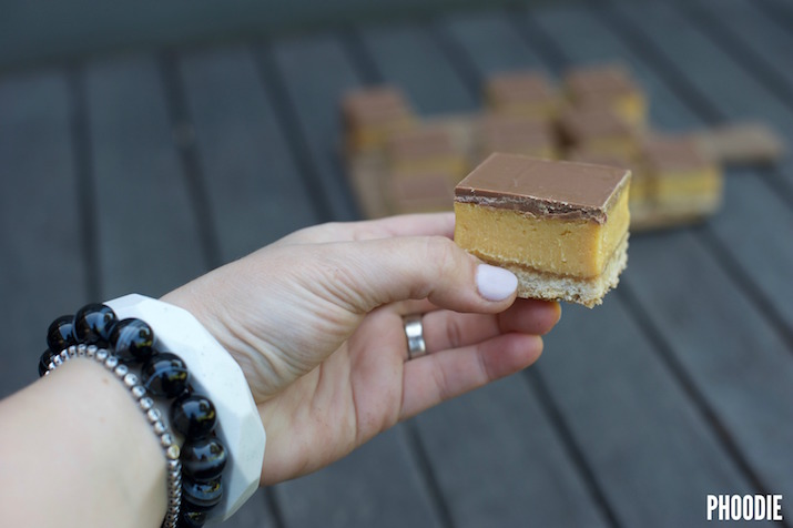 THE BEST CARAMEL SLICE IN THE WORLD